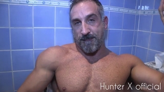 BIG DICK DADDY HUNTER X STROKES HIS BIG COCK