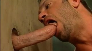 cock sucking heaven at the gloryhole spot
