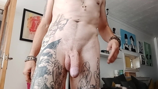 Alternative guy strips naked to show you his tattoos