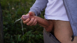Quickly Jerked off a Huge Dick in the Woods after Poured. a Lot of Sperm.