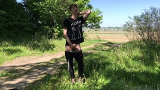 Quick Cumshot INTO the Forest /big Dick (23cm) / Monster Cock / Cute Boy