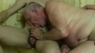 Old man & young man sucking each other in sauna