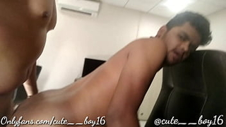 My boss fucked me in office and give me money.