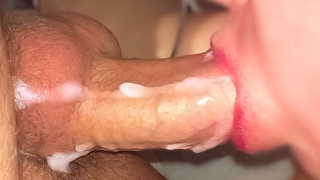 How much CUM can i take in my Mouth?!