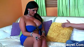 Pretty Face Latina Show Her Big Tits And Ass