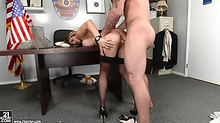 Rachel Roxxx in The Woman Behind the Badge, Scene #01 - 21Sextury