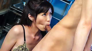 Incredible Japanese chick Sara Yurikawa in Exotic JAV uncensored MILFs movie