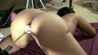 Phat booty redbone gettin fucked by sex machine.