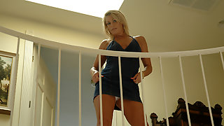 Chelsea Zinn in My Friends Hot Mom