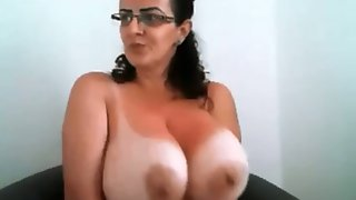 A bit of chunky sexy ladies and their stunning big boobies flashed on webcam
