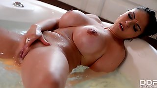 Big Titty luxury Escort Marta LaCroft Masturbates