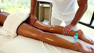 Young girl fucked by masseur in insane hardcore XXX