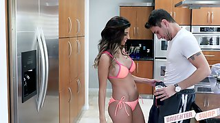 Spoiled chick in bikini seduces father of sweet looking girl Sami Parker