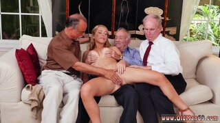 Exxxtra Small Teens Tree Frankie and the Gang Tag Team A Door to Door