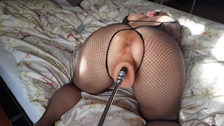 Hot Wife Fucking Machine - All Holes Pluged