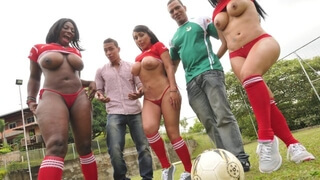 CULIONEROS - three Curvy Latin Babes with Incredible Big Asses
