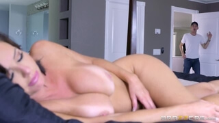 Sexy MILF Veronica Avluv Loves Big Cock - Brazzers