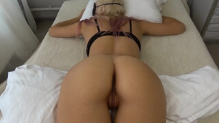 College Teen Wakes up to Thick Cock and gets too Horny CarryLight