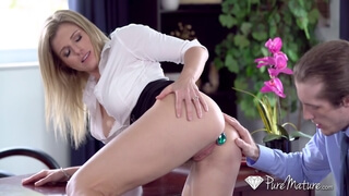 Kinky secretary gets fuck in the ass