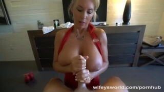 Wifey Gives Happy Ending Massage