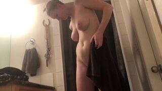 I cant Handler her Huge Tits! REAL Spycam on my Brothers GF Showering :-o