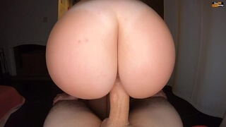 PAWG REVERSE COWGIRL RIDING UNTIL CREAMPIE