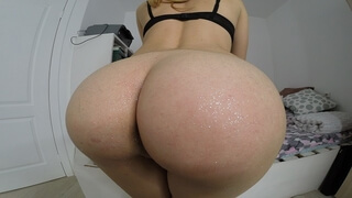 Oiled Ass with Sparkles (masturbation with a Big Dildo)whip and Fisting