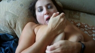 Mature Mom is Good at Waving her Son, and also Rides a Dick
