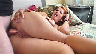Mature Stepmother Gave her Son a Blowjob and Gave her Ass for Anal Sex.