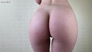 AMATEUR TEEN DOES BLOWJOB AND COWGIRL RIDING2