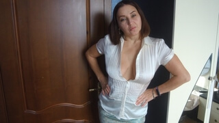 My Friend's Gorgeous Mom was Dressing up so Sexy that I Couldn't Resist and Fucked her