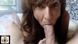 Hot Granny Closeup Juicy Blowjob Shows Cum Mouth