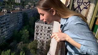 RISKY SPAT ON PASSERS WHEN HE CUM IN HER MOUTH THE HOTTEST PUBLIC BLOWJOB