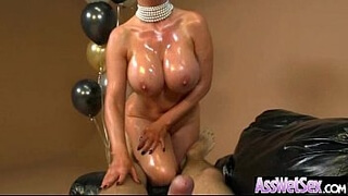 Big Butt Oiled Girl (nikki benz) Get Anal Hardcore Sex On Camera movie-23