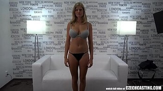 Natural D-tits Girl Will Make Your b. Stop