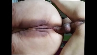 Pissing hard on the fat ass