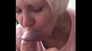Morning blowjob and cou swallow mture Ludmila
