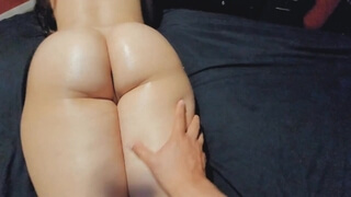 Deep Penetration for this Bubble Butt Latina MILF