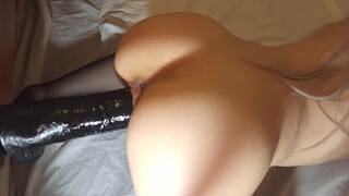 Fit Girl is too Horny to Resist a BBC - 4K