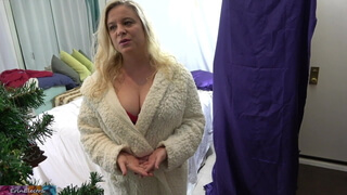 Stepson gets to fuck his stepmom for Christmas!