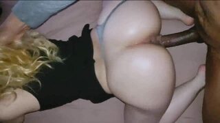Homemade big Booty Pawg Gets POUNDED By BBC, he Cums All Over her