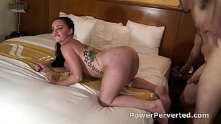 Leila Larocco - Sexy PAWG Boss Gets Seduced and Pounded Doggystyle While She Twerks on a Big Cock