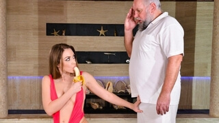 GrandpasFuckTeens Bored Young Babe Decides to Seduce the Poolman