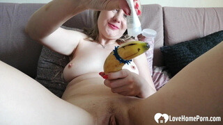 Lonely step mom uses a banana on herself