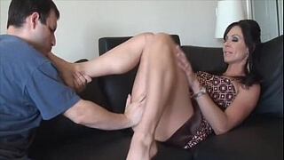 Miss Kayla (Kendra Lust) Uses a Footslave for the First Time
