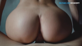 Amateur Horny MILF Gets Fucked by a Younger Guy - Mini Diva Dreams of such Sex