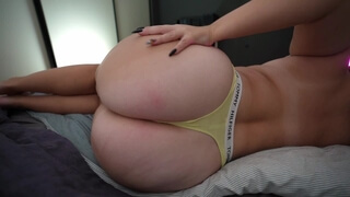 Fat Ass and Juicy Pussy Girl Loves Dicks and is Ready to Fuck every Day