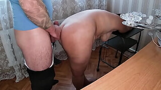 Son looked at mom from behind and fucked her in anal