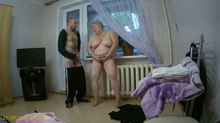 I masturbate and suck the dick of a window cleaner