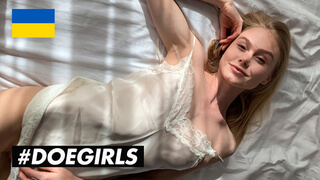 DOEGIRLS - Perfect Morning With My Sexy Girlfriend Nancy A